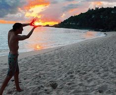 Holiday Holmes: Benedict Cumberbatch in the Seychelles | cumberbatchweb, via Evening Standard.