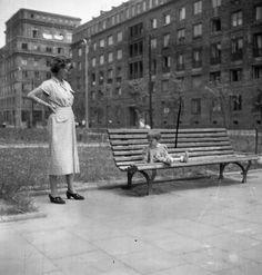 plac. Socialist Realism, Outdoor Furniture, Outdoor Decor, Poland, Architecture, Collection, Home Decor, Historia, Garden Furniture Outlet
