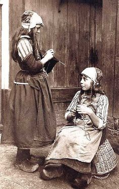 Dutch Girls Knitting