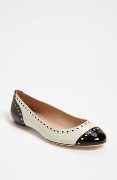 Kate Spade Tuttie Flat in White (black/ cream patent) - Lyst