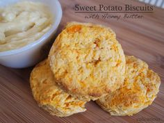 Sweet Potato Biscuits This sweet potato biscuit recipe makes a delicious accompaniment to any pork, chicken or turkey dish. Topped with hon. Sweet Potato Pumpkin Recipe, Sweet Potato Biscuits, Pumpkin Recipes, Fall Recipes, Honey Recipes, Snack Recipes, Snacks, Yummy Recipes, Cooking Forever