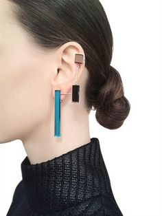 Unexpected Jewelry Picks to Make You Stand Out Sylvio Giardina Seven 7 Mono Earrings Jewelry Trends, Jewelry Accessories, Fashion Accessories, Jewelry Ideas, Fashion Necklace, Fashion Jewelry, Women Jewelry, Bijoux Design, Cheap Jewelry
