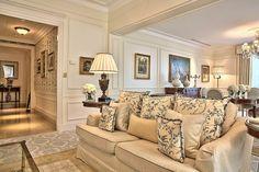 Royal Suite, Four Seasons Hotel George v, Paris