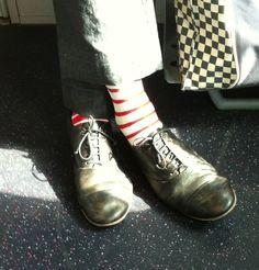 Mariniere by Oybō: 1 pair, 2 different socks.