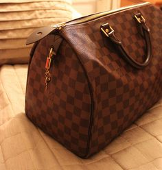 as i go through my collection of lv's, the damier speedy is favorite!  <3