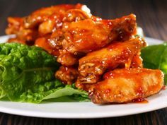 Receta de Alitas de Pollo Adobadas   Te va a encantar esta receta de alitas de pollo adobadas, prepáralar cuando tengas antojo o para cuando veas el partido de fútbol en casa.