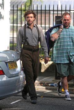 "Robert Downey Jr. arrives on the ""Sherlock Holmes"" set"