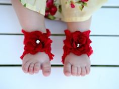 Make your own barefoot sandals for baby!