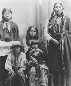 Comanche family - circa 1900 Pinned by indus® in honor of the indigenous people of North America who have influenced our indigenous medicine and spirituality by virtue of their being a member of a tribe from the Western Region through the Plains including the beginning of time until tomorrow.