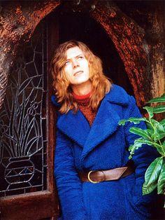 1971 Blue Coat Garden - David Bowie Photos