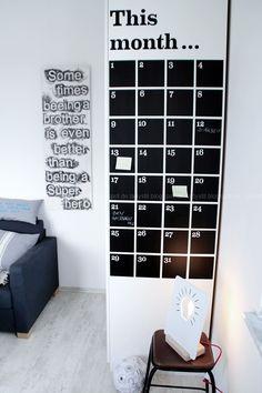 Jugendzimmer Schreibtischorganisation Übersicht Termine, made in design, Ferm Living Wallsticker