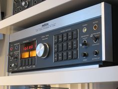 """Revox - B760 Vintage High End Tuner"