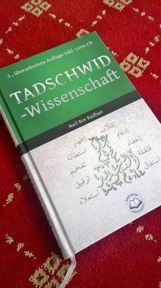 """das Buch """"Tadschied-Wissenschaft"""" vom Darulkitab Verlagshaus in 3. Auflage; inkl. CD"""