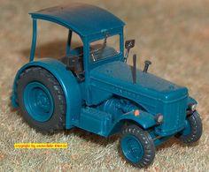 Hanomag R 55 Traktor (Preiser 17915) H0