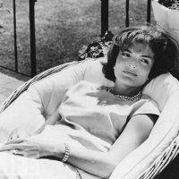 Jackie Kennedy, l'emblème du look BCBG des années 60 - Marie Claire
