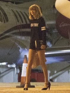 These mini shorts that she wore to sit on a plane. | The Definitive Ranking Of Taylor Swift's Short Shorts