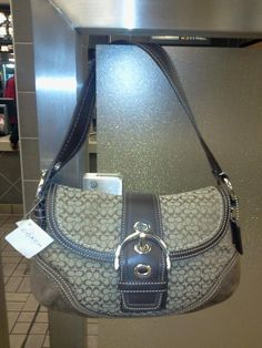 Awesome COACH LADIES PURSE F10925  SKHMA SOH MINSIGSM FLAP GREAT GIFT IDEA   COACH YOUR LOVE AND SHE WILL LOVE HER Coach