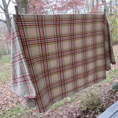 Vintage Plaid Oval Tablecloth   White Red Green Yellow Black