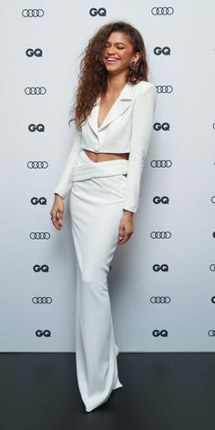 At the GQ Men of the Year event, Zendaya wore a Monot cropped blazer with a cutout crepe skirt Zendaya Dress, Zendaya Hair, Zendaya Outfits, Celebrity Outfits, Celebrity Style, Zendaya Photoshoot, Zendaya Clothes, Zendaya Makeup, Celebrity Nails