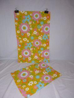 "Pr Vtg Pennys Fashion Manor 100% Cotton MOD Floral Pillowcases Pink Aqua ""CRISP"""