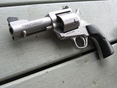 22 Pistol, Revolver Pistol, Weapons Guns, Guns And Ammo, Single Action Revolvers, Lever Action Rifles, Custom Guns, Military Guns, Cool Guns