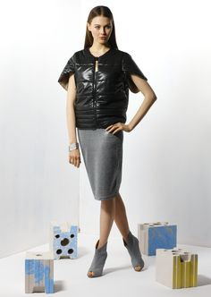 by Magda Hasiak: Tektonika #magdahasiak #tektonika #fashion #elegantwoman #skirt #greyskirt #fashionskirt #fashionjacket #blackjacket #nylonjacket