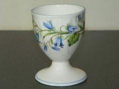 Shelley Egg cup harebell Vintage Egg Cups, New Egg, Boiled Eggs, Pedestal, Room Inspiration, Tooth, Candle Holders, Brunch, Dining Room