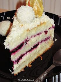 Vanilla Cake, Sweets, Cakes, Cooking, Desserts, Christmas, Food, Hip Bones, Meals