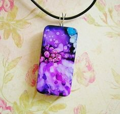 SOLD Flower Art Pendant Hand Painted Original Alcohol Ink OOAK Aiart by SRA Riv | eBay Domino Jewelry, Resin Jewelry, Jewelry Art, Jewelry Ideas, Beaded Jewelry, Jewellery, Alcohol Ink Painting, Alcohol Ink Art, Handmade Crafts
