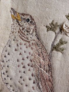gentlework: Sing your song ~ embroidered bird Embroidered Bird, Bird Embroidery, Free Motion Embroidery, Hand Embroidery Patterns, Cross Stitch Embroidery, Machine Embroidery, Embroidery Designs, Bird Applique, Fabric Birds