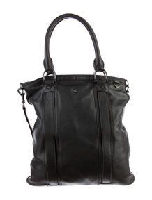 Burberry Handbag Consignment