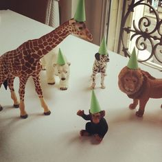 """animal party / party hats for his """"best friends"""" (stuffed animals, etc. First Birthday Parties, 2nd Birthday, First Birthdays, Jungle Party, Safari Party, Jungle Cake, Advent, Animal Party, Party Animals"""