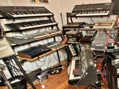 Dreaming about playing (only a few hours at least) with Boys Noize's synths