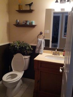 Two Tone Brown Paint With Black Border In Half Bathroom Painting - Two tone bathroom walls