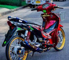 La imagen puede contener: moto y exterior Honda Wave 110, Honda Motorcycles, Cars And Motorcycles, Bike Poster, Drag Bike, New Wave, Moto Bike, Marvel Wallpaper, Kawasaki Ninja
