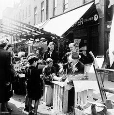 Corn Cure, Chapel Street Market, Islington, London, 1955.