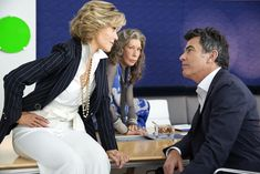 Grace And Frankie Season 3 Lily Tomlin Jane Fonda Peter Gallagher