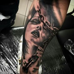 Maybe use at top of arm as a nun , maybe make another eating her or kissing Best Sleeve Tattoos, Leg Tattoos, I Tattoo, Tatoos, Weeping Willow Tattoo, Face Tattoos For Women, Custom Cars, Body Art, Tattoo Designs