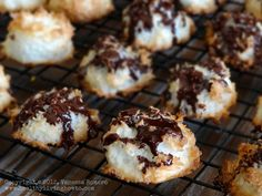 Healthy Macaroons - YUM! The recipe makes 40 cookies (use a rounded tablespoon to measure). Without the chocolate drizzle, each cookie has  Calories 35.9, Fat 3.1 g, Protein 0.6g, Carbohydrate 3.6 g, Fiber 3.0 g. NET CARBS 0.6g per cookie!