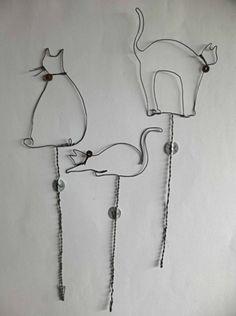 une série de silhouettes de chats à piquer...