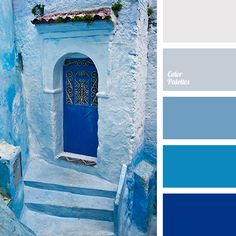 The combination of monochrome shades of dark blue will fit perfectly design of the room in marine, Greek or Moroccan style. These colours are good for deco.