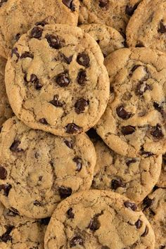 The BEST vegan chocolate chip cookies! They are crispy on the outside yet soft, gooey, and chewy on the inside. Each bite is loaded with pockets of melted chocolate. It's an easy chocolate chip cookie recipe made with pantry staples! #vegan #vegancookies #chocolatechipcookies #vegandessert #cookies #cookierecipe #easy #dessertrecipe Eggless Cookie Recipes, Vegan Dessert Recipes, Crispy Chocolate Chip Cookies, Best Vegan Chocolate, Raw Cookie Dough, Cookie Flavors, Melted Chocolate, Vegan Meals, Vegan Food