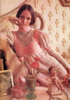 Romeo and Juliet crochet! - vintage crocheted Juliet Midi dress - free pattern at: http://blog.finnfemme.com/wp-content/uploads/2012/12/CrochetMidiDress.pdf
