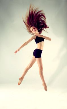 Stunning dance photo, Morgan age 12 Follow this amazing dancer on Instagram @pointeproved