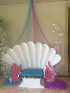 Under the Sea and mermaid party ideas Little Mermaid Birthday, Little Mermaid Parties, Mermaid Baby Showers, Baby Mermaid, Under The Sea Theme, Under The Sea Party, Party Mottos, Deco Kids, Prom Themes