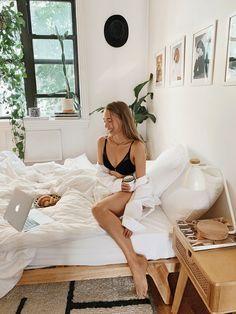 Dorm Room Designs, Aesthetic Room Decor, Boho Room, Dorm Life, Plunge Bra, Green Life, Studio Apartment, New Room, New Furniture