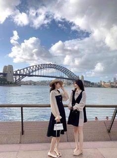 Fashion Couple, Look Fashion, Girl Fashion, Fashion Outfits, Fashion Clothes, Ulzzang Couple, Ulzzang Girl, Street Style Summer, Autumn Street Style