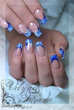 Маникюр. Дизайн ногтей. Art Simple Nail | ВКонтактi Manicure Nail Designs, Cool Nail Designs, Nail Manicure, Nail Polish, Funky Nails, Blue Nails, Trendy Nails, Christmas Nail Art Designs, Christmas Nails