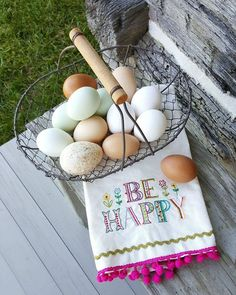 Beautiful fresh eggs. #eggs #farmfresheggs #eggvignette #happy . . . . #eggvignette #naturallife #naturallifehappy""