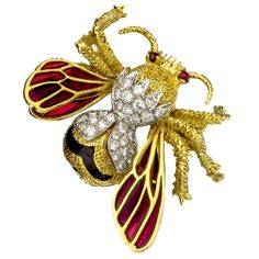 TIFFANY & CO. Hand-Crafted Diamond Ruby Enamel Gold Bee Brooch